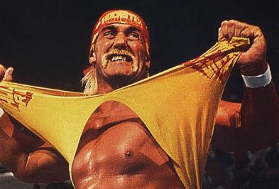 Hulk Hogan se intoarce