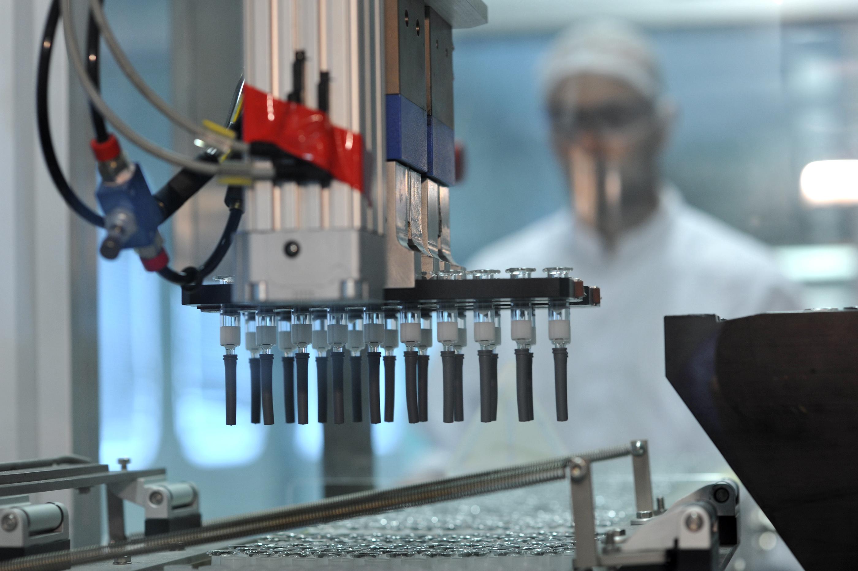 Institutul Cantacuzino : vaccin 400.000 pe stoc