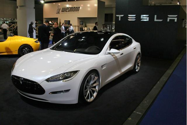 Tesla nu poate vinde