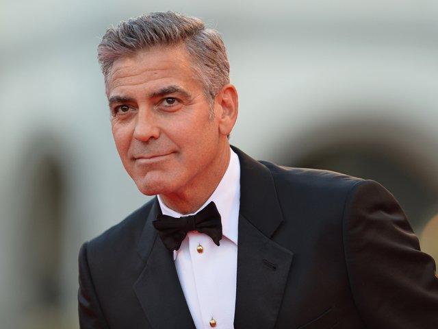 Costumul lui George Clooney din ziua nunti