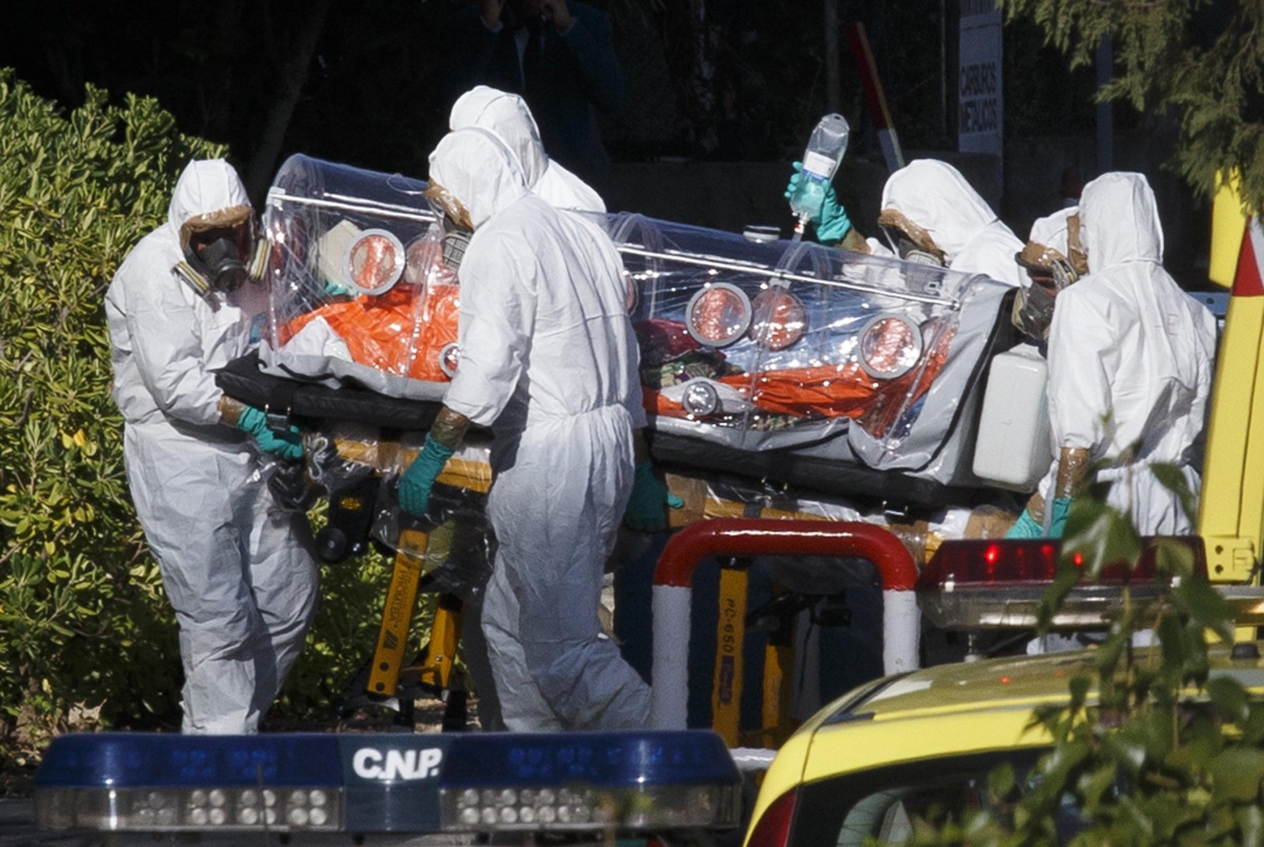 Ebola a mai facut o victima