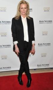 Kim Basinger covorul rosu