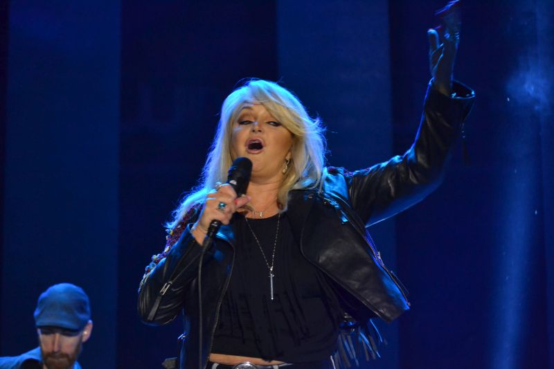 bonnie-tyler-live-cluj-weloveretro2016-2